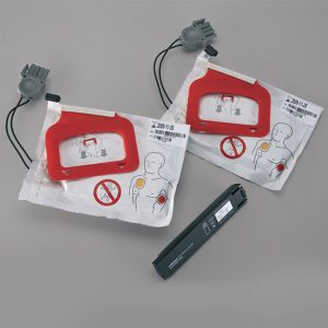 AED Charge-Pak And Two Sets Of AED Quik-Pak-Electrodes(11403-000001)